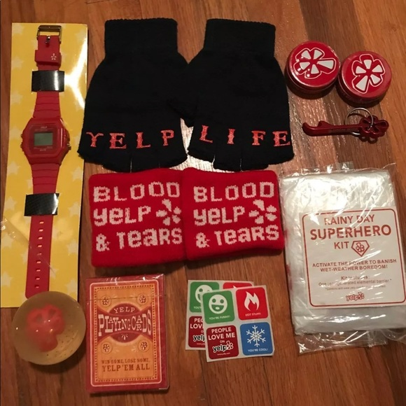 6e1981b57c3 Accessories - Assorted Yelp Swags